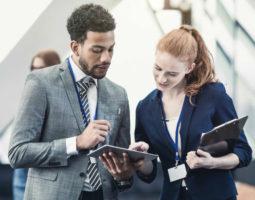Saiba como o uso da tecnologia no marketing de eventos pode engajar ainda mais o seu público e ajudar a alavancar os resultados.